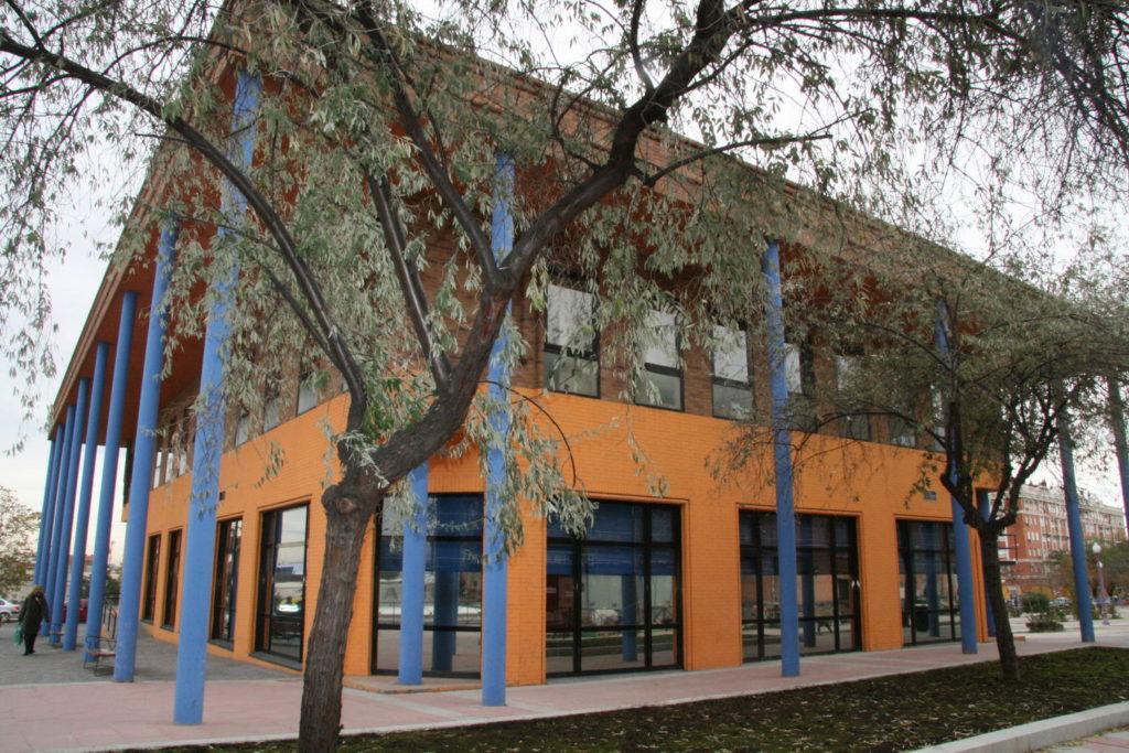 Centro Municipal de Salud / CAID