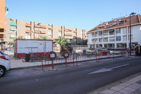 Obras aparcamiento calle Fuenlabrada