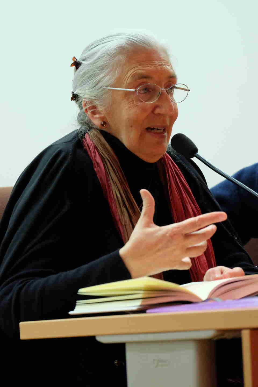 Clara Janés