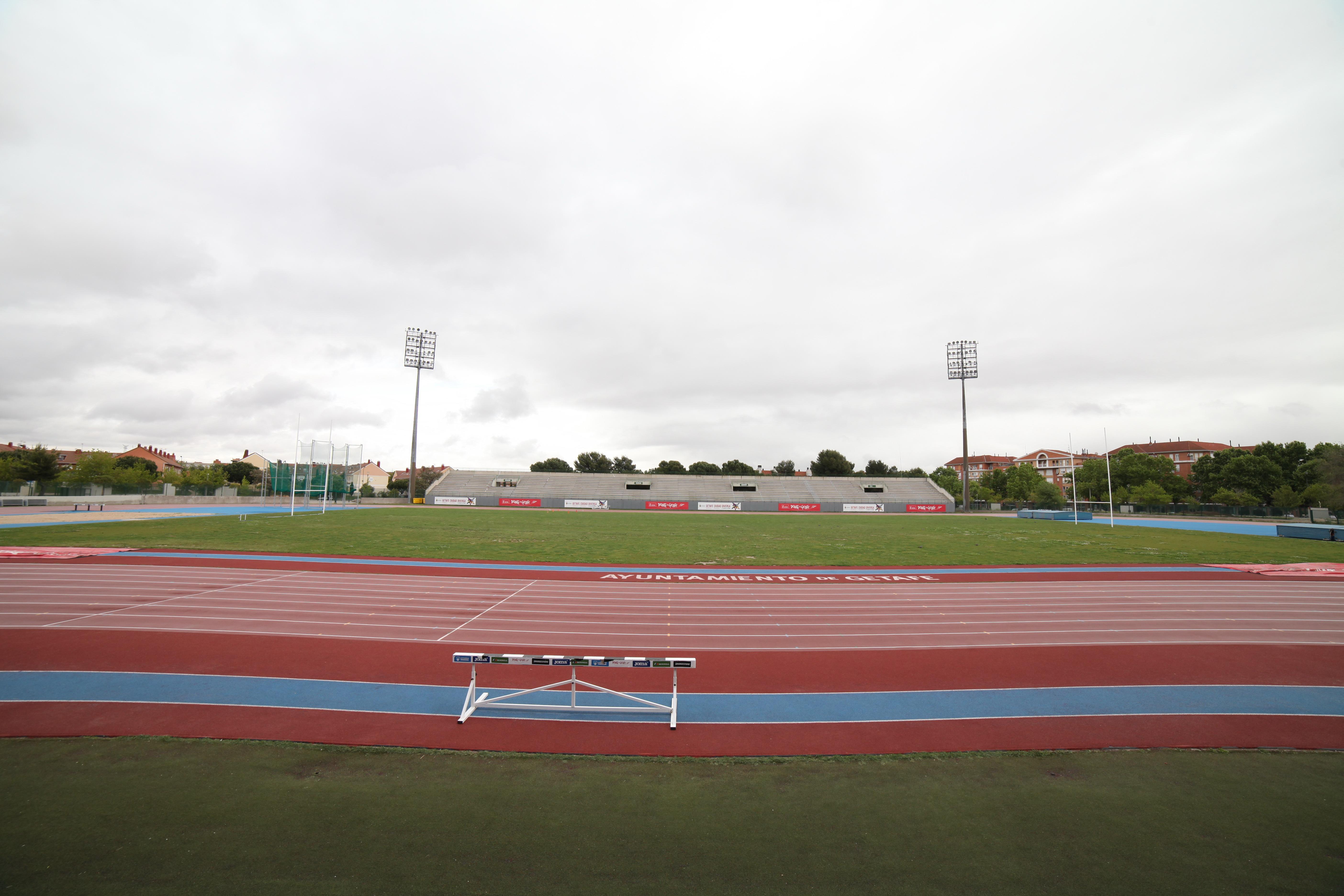 estadio atletismo juan de la cierva