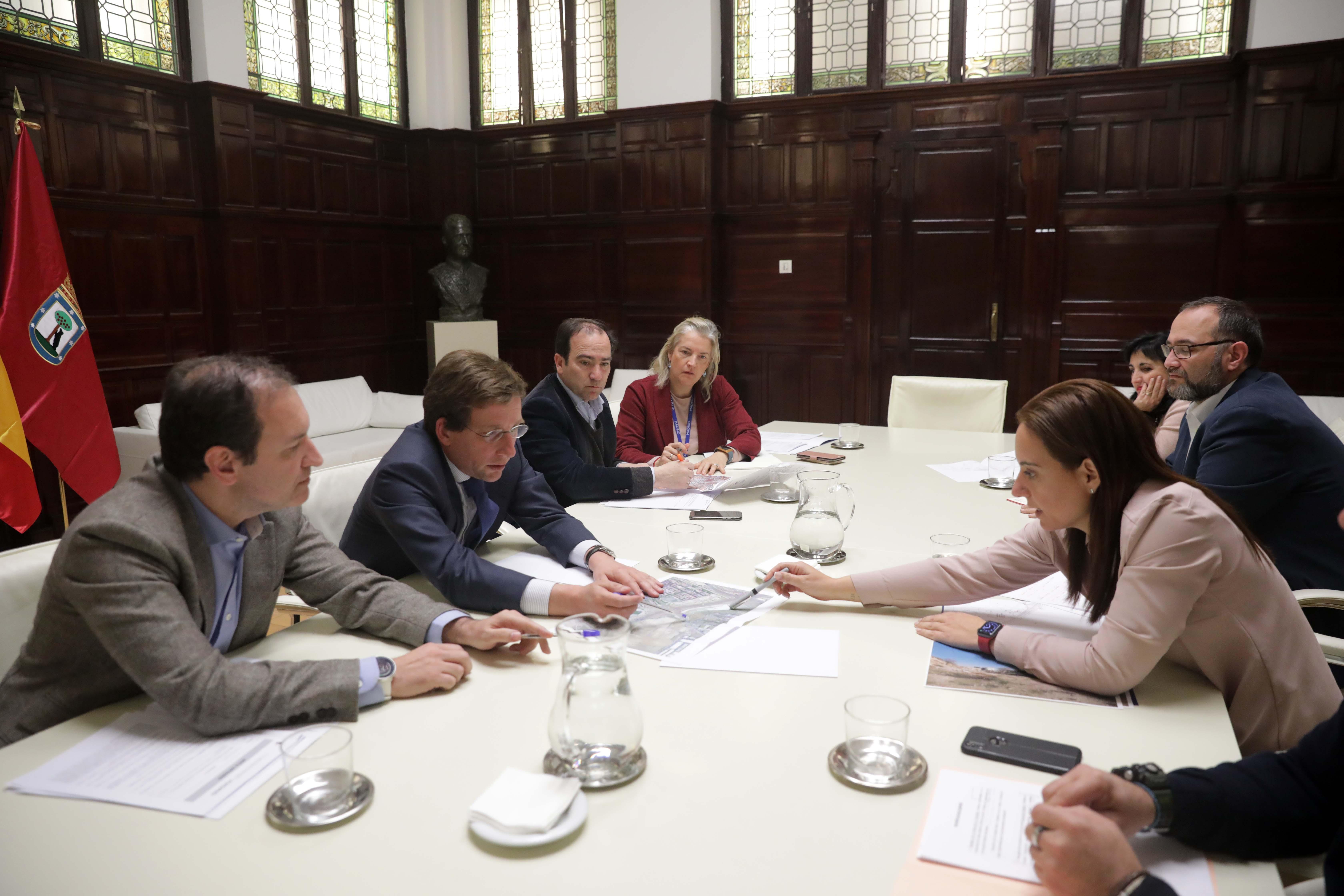 Reunión alcaldesa alcalde Madrid cambios término municipal